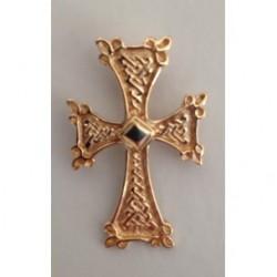 pendentif croix armenienne en or (coeur losange) khatchkar largeur environ 18 mm x hauteur 28 mm (bélière comprise)